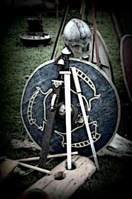 Medieval-Shields-History-Sword-Shield-Armor-Medieval-Knight
