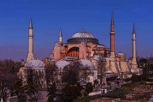 Byzantine-Architecture-Famous-buildings-Hagia-Sophia