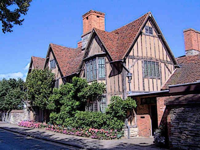 Tudor Architecture - Famous Tudor Buildings