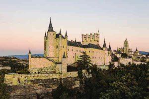 Top-10-Castles-in-Europe-Alcazar-Castle