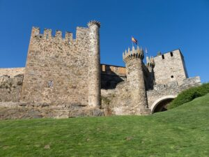 The-Crusades-Templar-Castle-in-Europe
