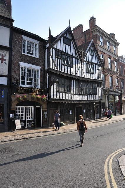 Medieval-Towns-York-Tudor-Buildings